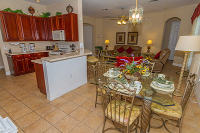Overview of the Breakfast Nook & Family Room
